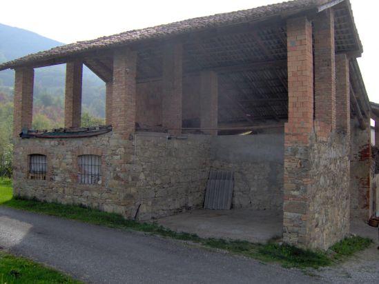 Complesso di rustici pianello le offerte for Piani di casa di tronchi rustici